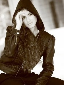 Medium_1381-girl-from-kaunas-lithuania